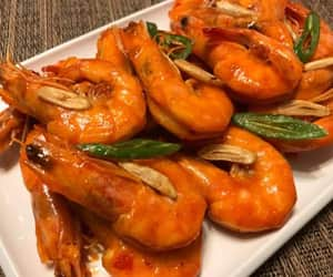 food porn, spicy, and prawns image