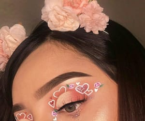 makeup, eyeshadow, and hearts image