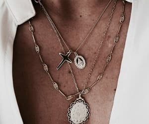 necklace, fashion, and accessories image