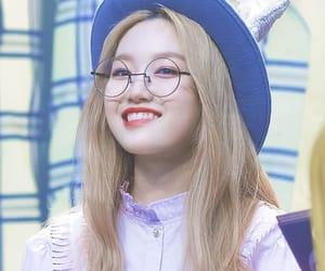 k-pop, korean, and loona image