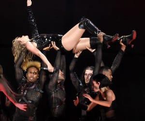 Taylor Swift, swifties, and reputation stadium tour image