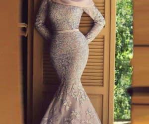 dress and فساتين image