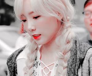 aesthetic, tiffany, and hyoyeon image