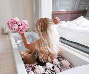 bath, blonde, and girl image