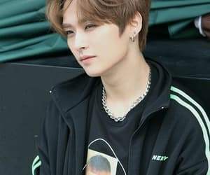 stray kids, lee know, and kpop image
