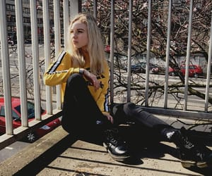 balcony, blonde, and girl image