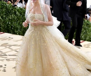 dress, kate bosworth, and red carpet image