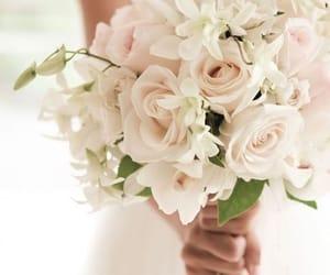 blanche, bouquet, and Fleurs image