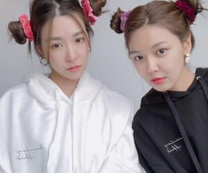 snsd, tiffany hwang, and kpop image