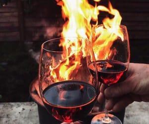 вино, бокалы, and костер image