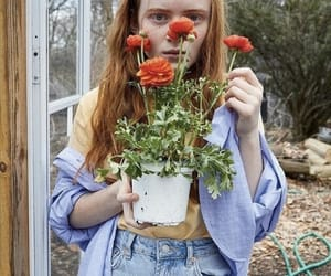 sadie sink and stranger things image