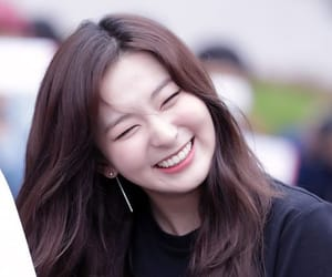 seulgi, red velvet, and kang seulgi image