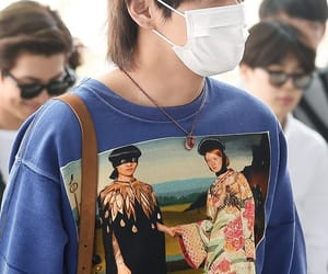 airport, bts, and taehyung image