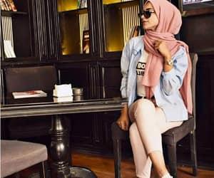 hijab and hijabista image