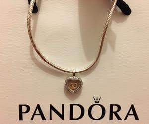 heart, pandora, and neckale image