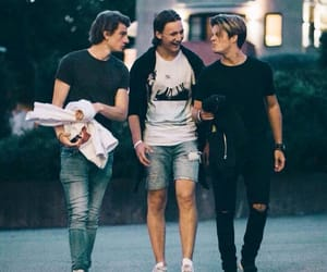 skam, chris, and william image