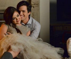 Aria Montgomery and Ezra Fitz - Pretty Little Liars