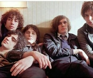 albert hammond jr, boys, and the strokes image