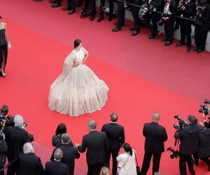 sonam kapoor and cannes2018 image