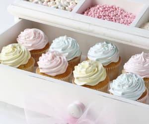 cupcake and pastel image