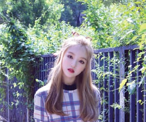 kpop, loona, and go won image