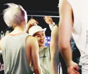 gif, SHINee, and kim jonghyun image