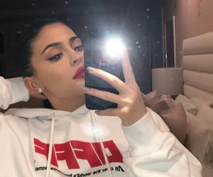 beautiful, cute, and kylie image