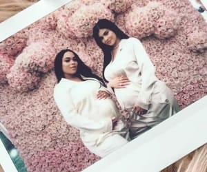 kylie jenner, pregnant, and jenner image