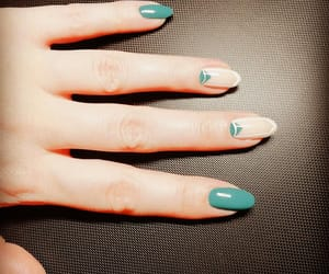 green, nails, and bueautiful image