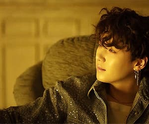 aesthetic, gif, and fake love image
