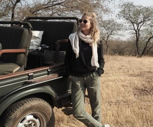 aesthetic, girl, and jeep image