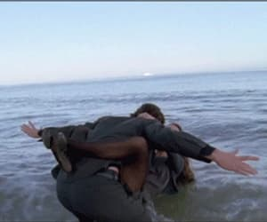 gif, couple, and ocean image