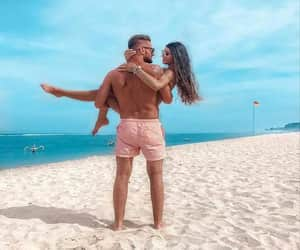 beach day, lovers, and Relationship image