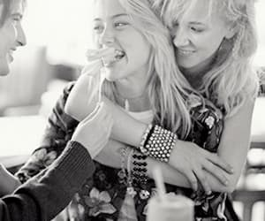 amber heard and juno temple image