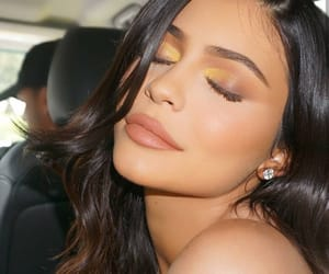 kylie jenner, makeup, and jenner image