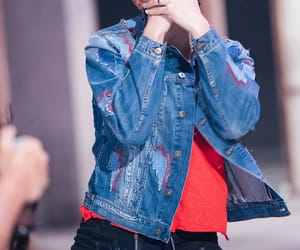 k-pop, 방탄소년단, and love yourself 轉 'tear' image