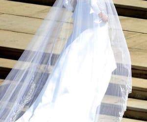 bride, royal wedding, and meghan markle image