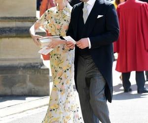 Carey Mulligan, royal wedding, and invitados image