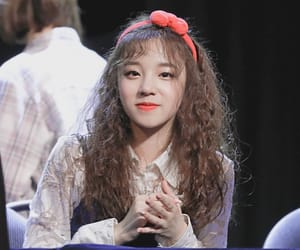 idle, kpop, and yuqi image