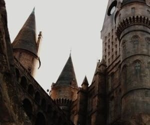 article and harrypotter howgarts image