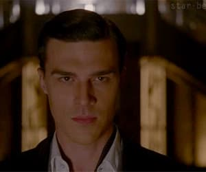 gif and finn wittrock image