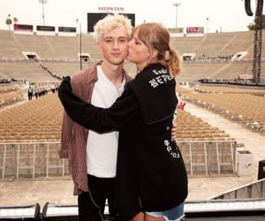 friendship, Taylor Swift, and troye sivan image