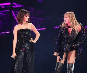 concert, girls, and Reputation image