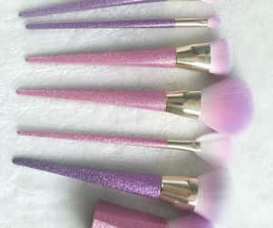 thebeautyinc, makeup brush, and pink brushes image