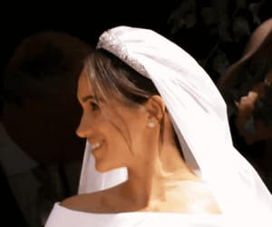 gif, prince harry, and meghan markle image
