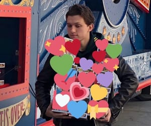 meme and tomholland image