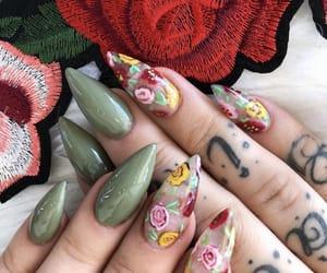 Nails 🐍🌹💚