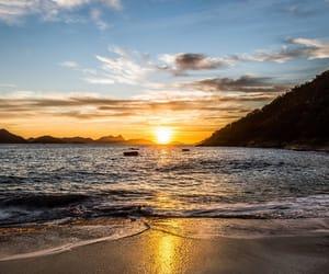 atardecer, paisaje, and playa image