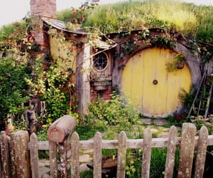 hobbit, middle earth, and shire image