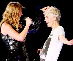 singer, Taylor Swift, and troye sivan image